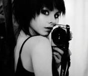 девушка-фотограф
