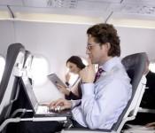 ноутбук на самолете
